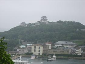 平戸城を望む.jpg